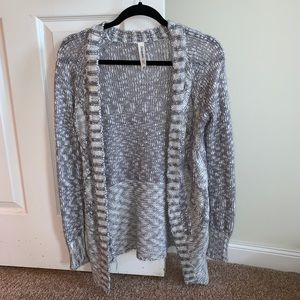 Open Front Gray and White Speckled Cardigan